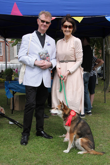 Vicarage dog wins first prize